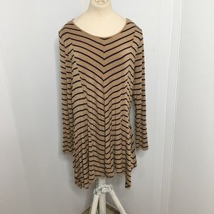 Vince Camuto Long Top